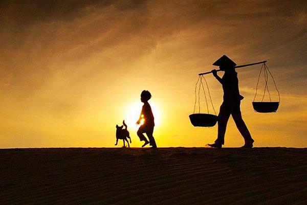 Hình ảnh Trung thu xa nhà – Nỗi niềm người con tha hương